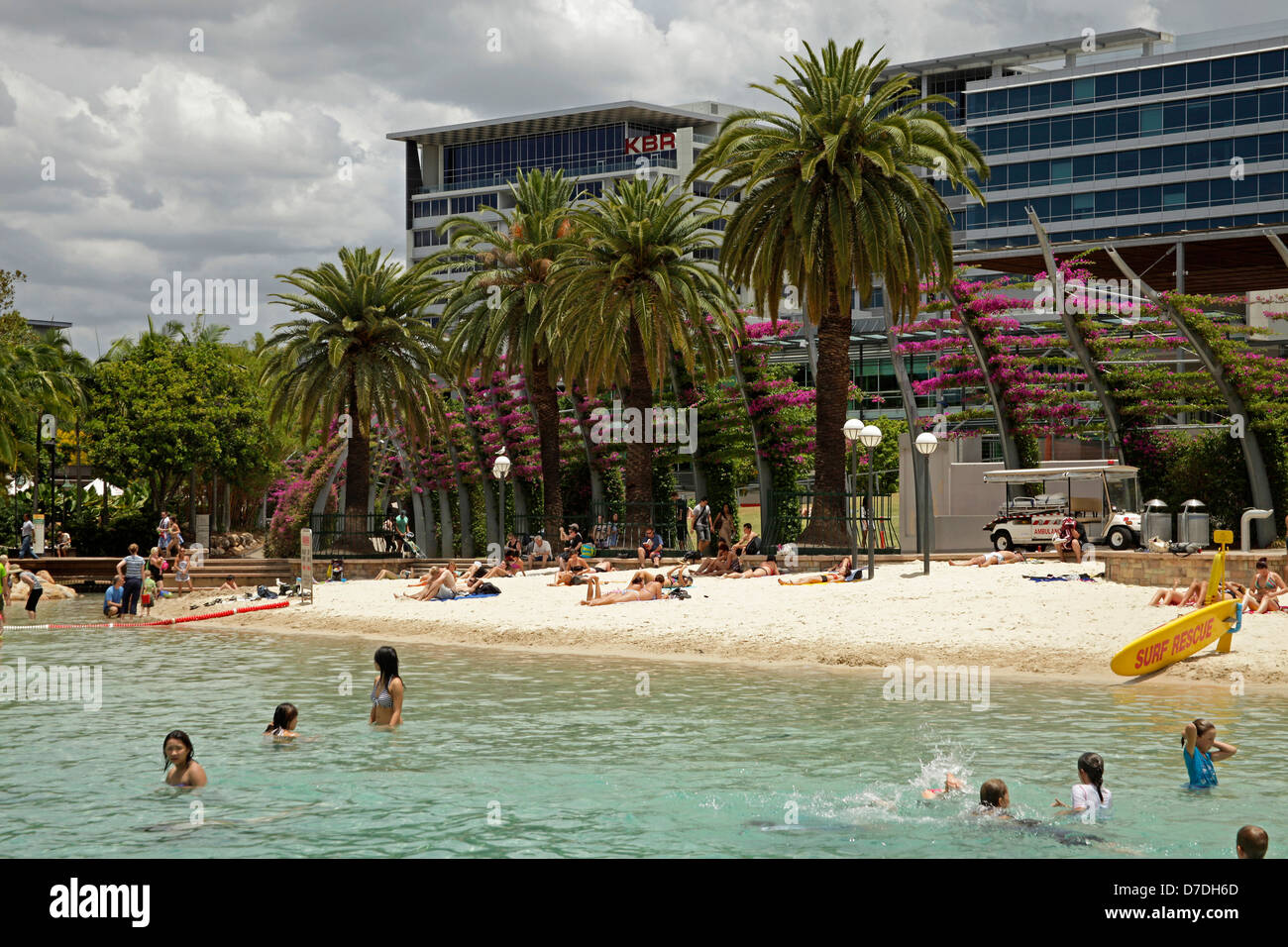 man-made beach and pool Streets Beach on South Bank in Brisbane, Queensland, Australien - Stock Image