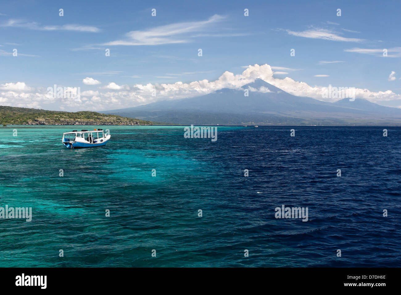 Boat at Coast, Bali, Indonesien - Stock Image