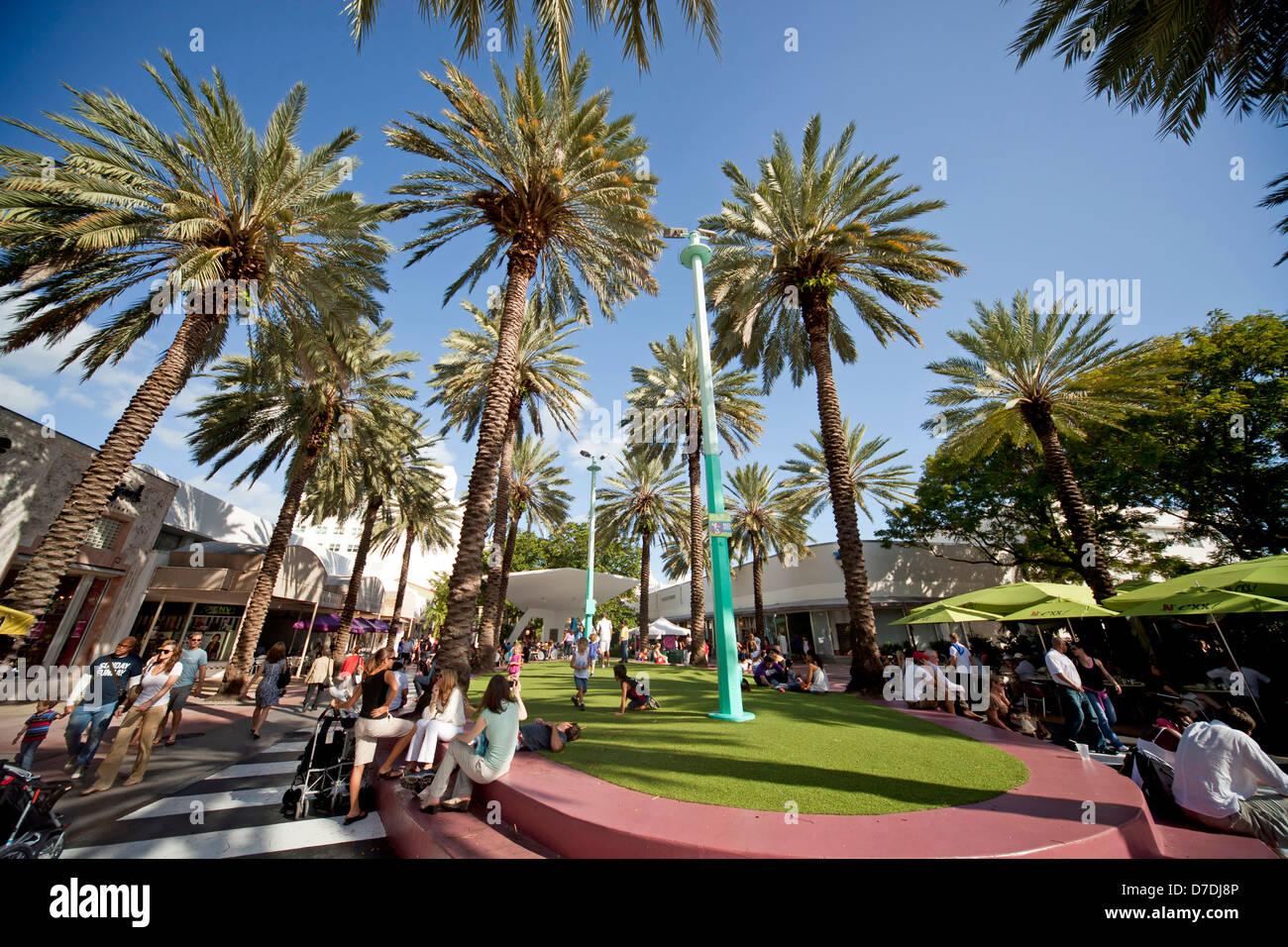 Shopping Mall In Palm Beach Florida