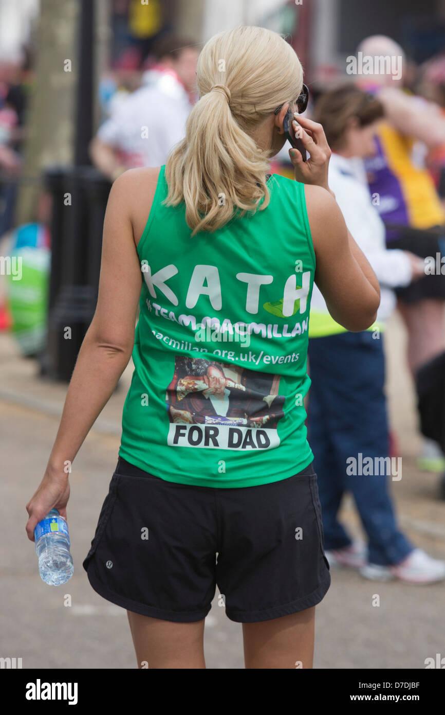 London Virgin Marathon 2013, Katherine Jenkins running in memory of her late father Stock Photo