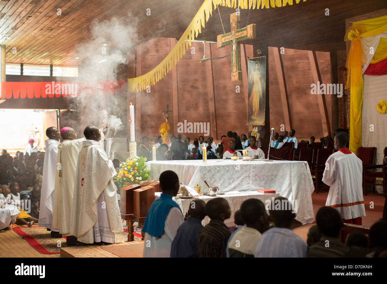 Roman Catholic Priest Mass Stock Photos & Roman Catholic Priest Mass