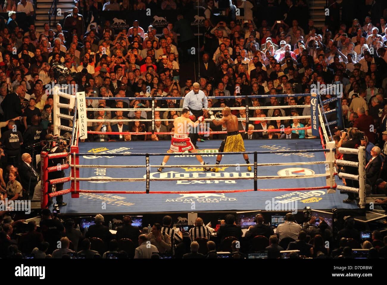 Mgm Grand Garden Arena Boxing Stock Photos & Mgm Grand Garden Arena ...