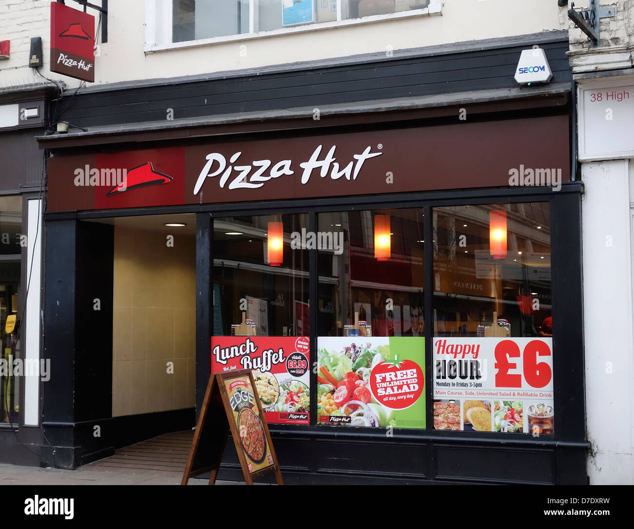 Pizza Hut Uk Stock Photos Pizza Hut Uk Stock Images Alamy