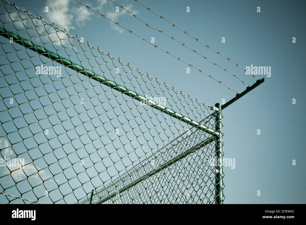 Shot Wire Fence - WIRE Center •