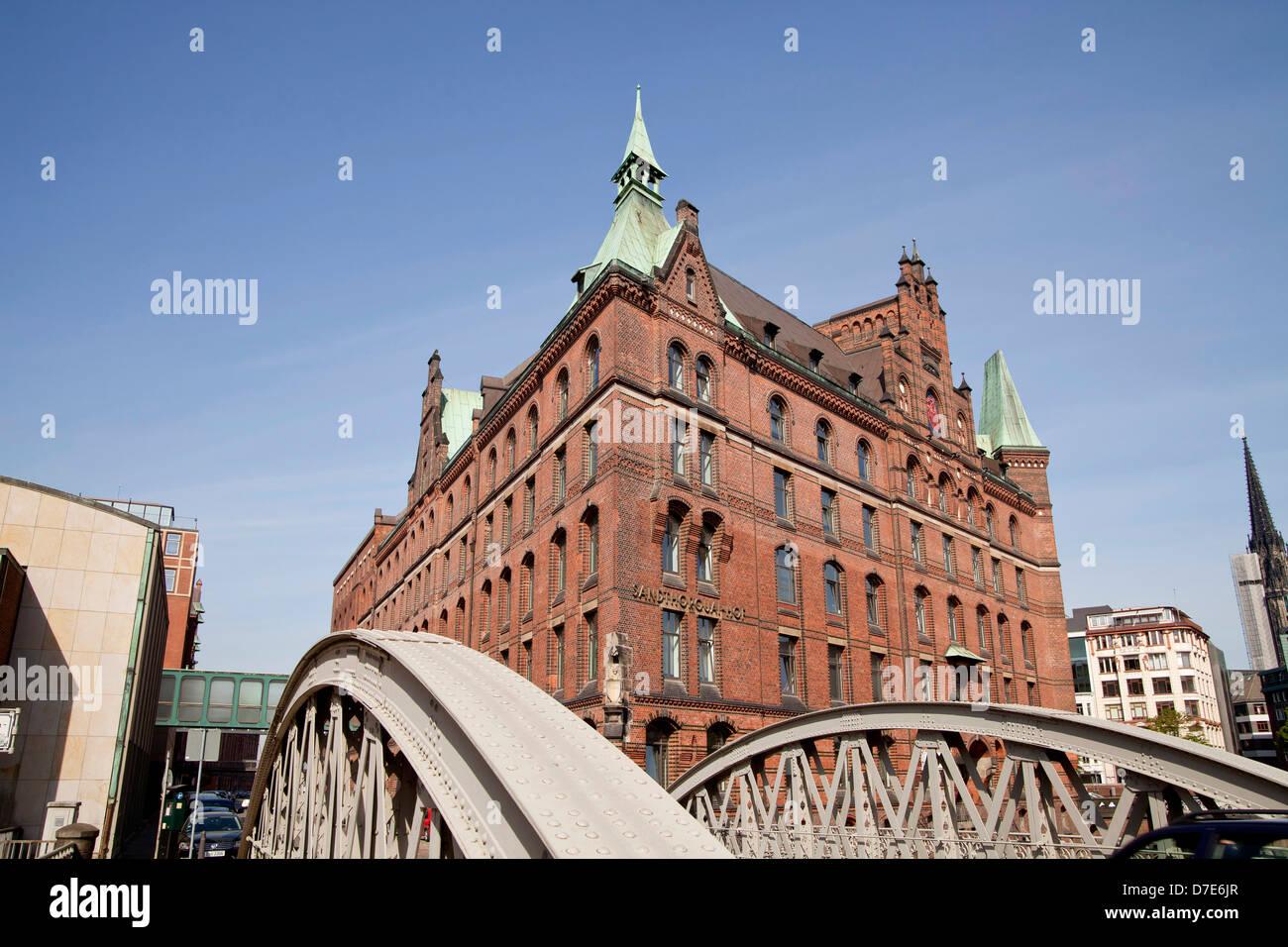 bridge and the Sandthorquaihof in the Speicherstadt district, Free and Hanseatic City of Hamburg, Germany, Europe Stock Photo
