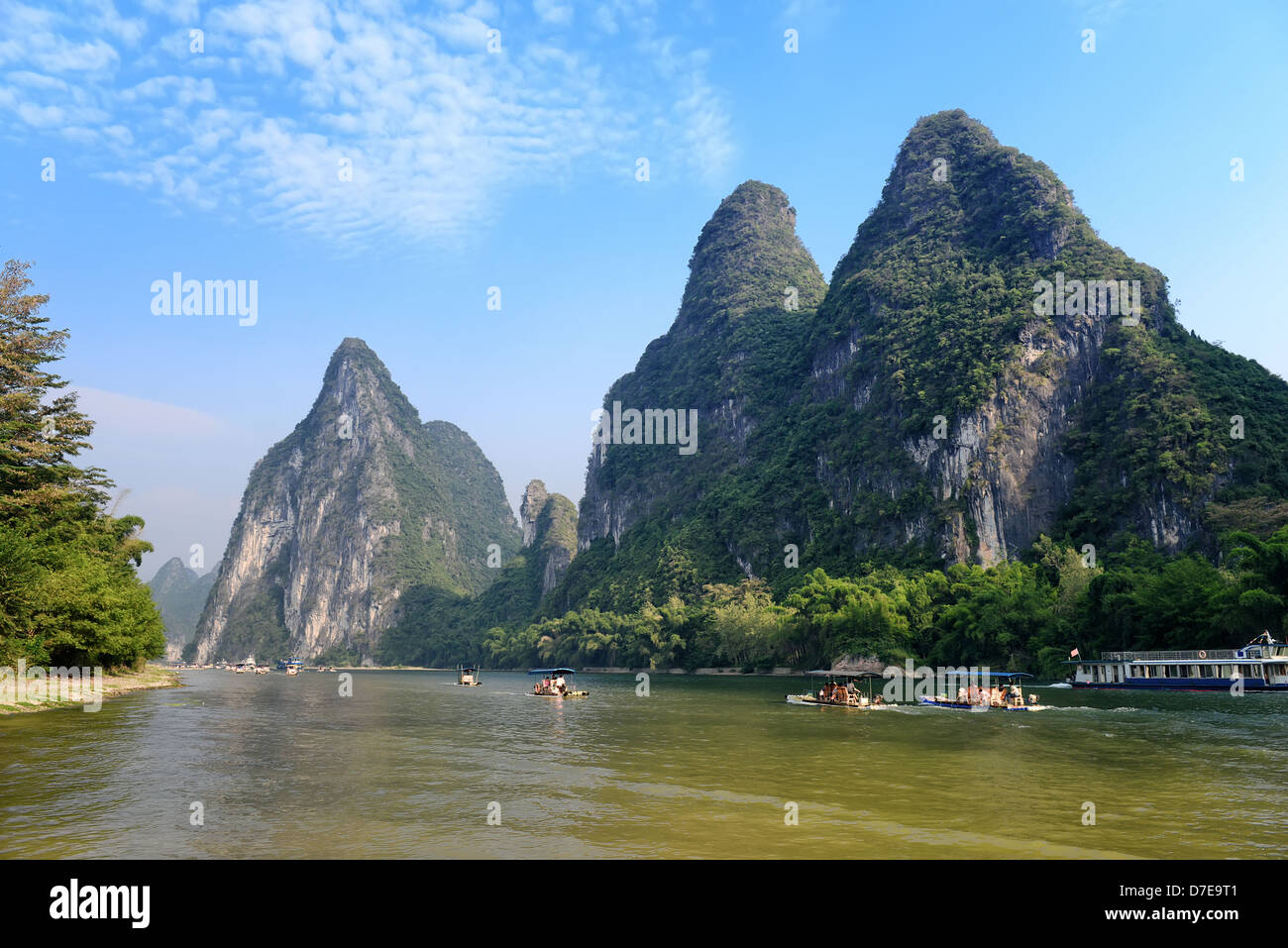 Bamboo raft at the Ulong river near Yangshuo, Guanxi province, China Stock Photo