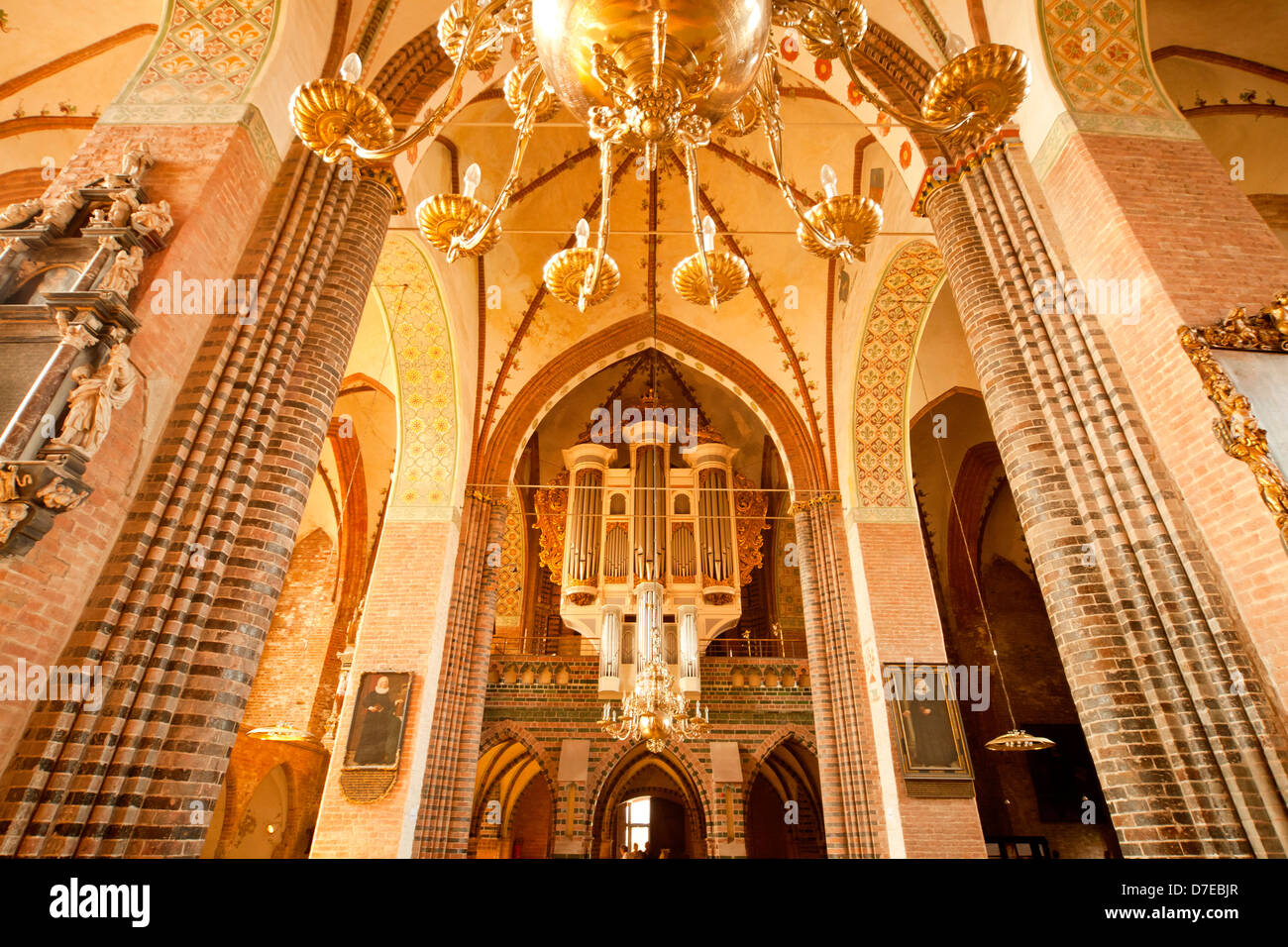 church organ and inside of Schleswig Cathedral, Schleswig, Schleswig-Holstein, Germany, Europe - Stock Image