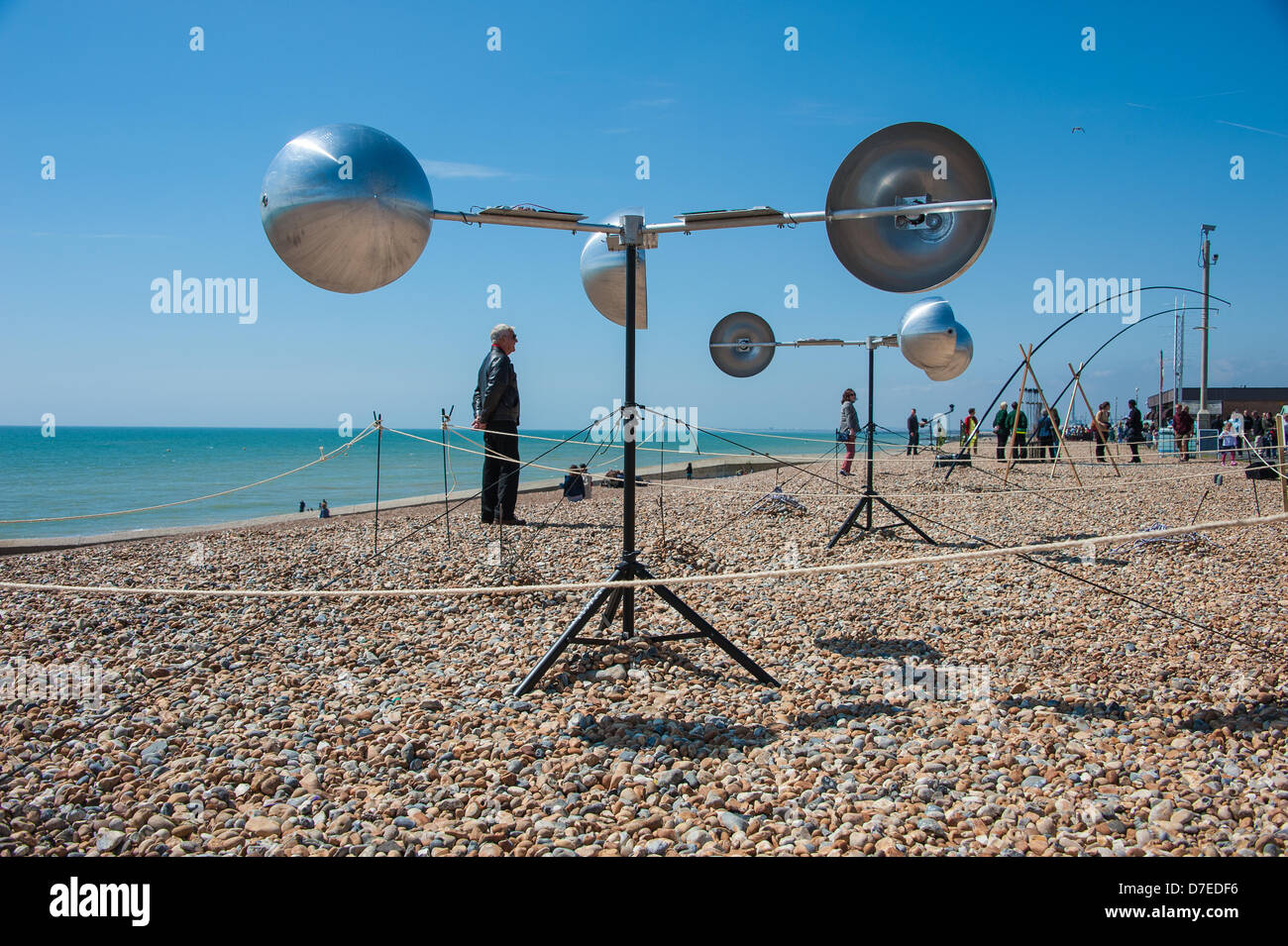 Brighton, UK. 5th May 2013. Mike Blow's Arpeggi - part of 'Audible Forces' Aeolian music on the beach - Stock Image