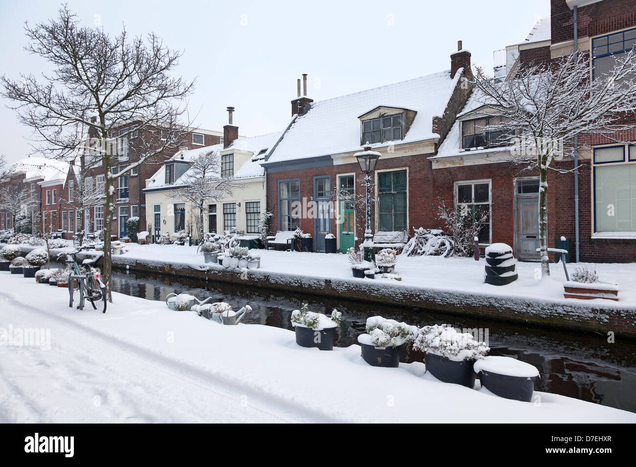 Snow in the city of Leiden, Holland - Stock Image