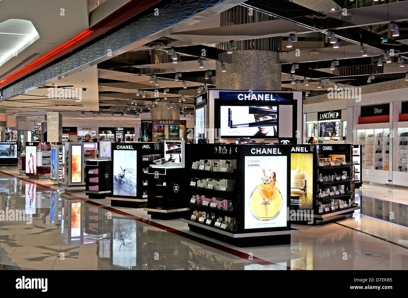 Duty free shop international airport Dubai UAE - Stock Image