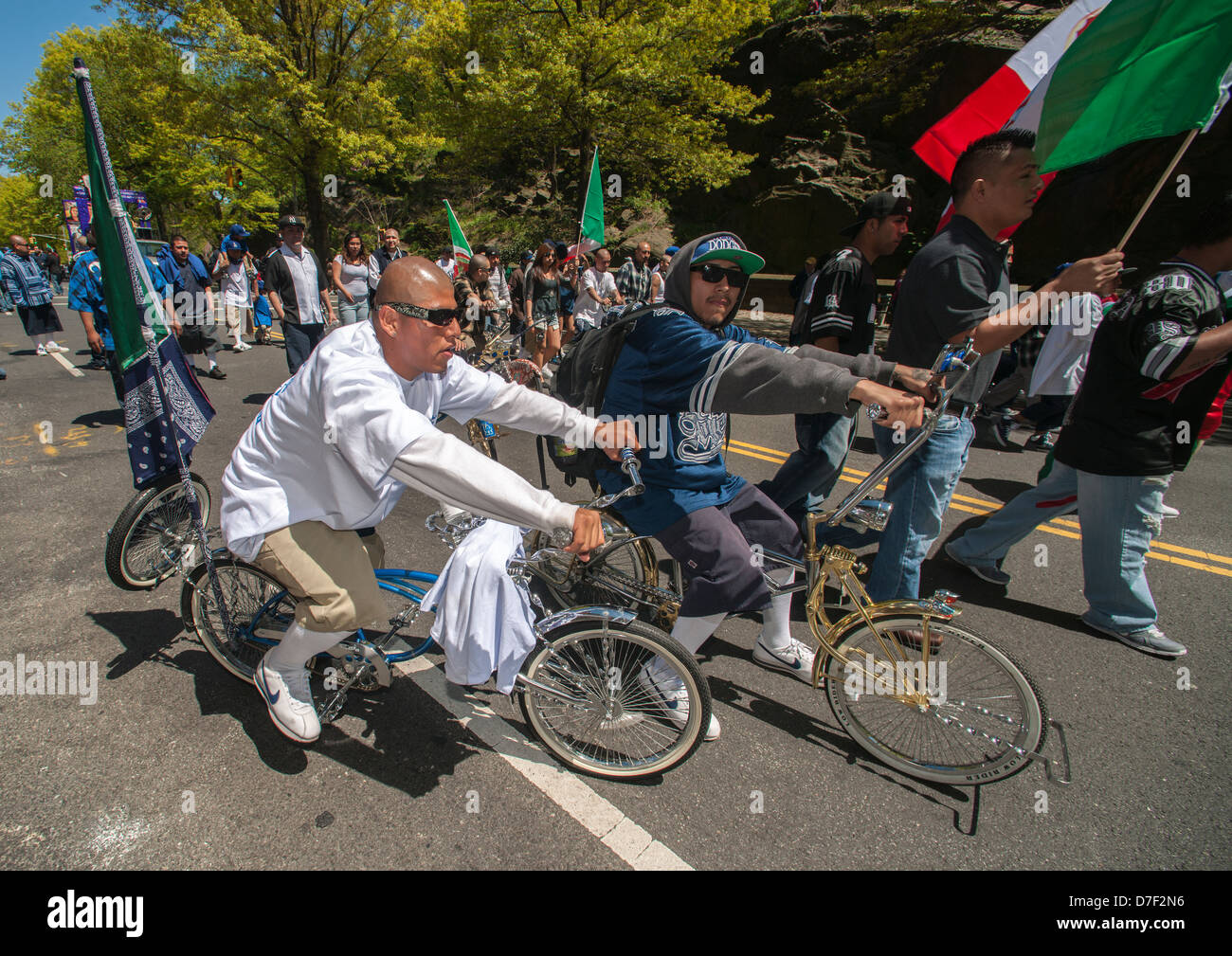 Bicycle club members in the Cinco de Mayo Parade in New York - Stock Image