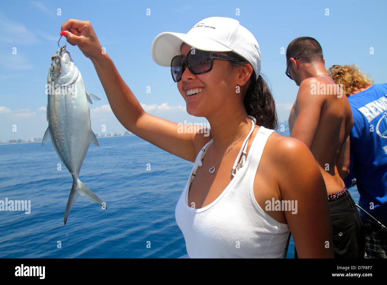 Miami beach florida atlantic ocean water charter fishing for Miami beach fishing charters