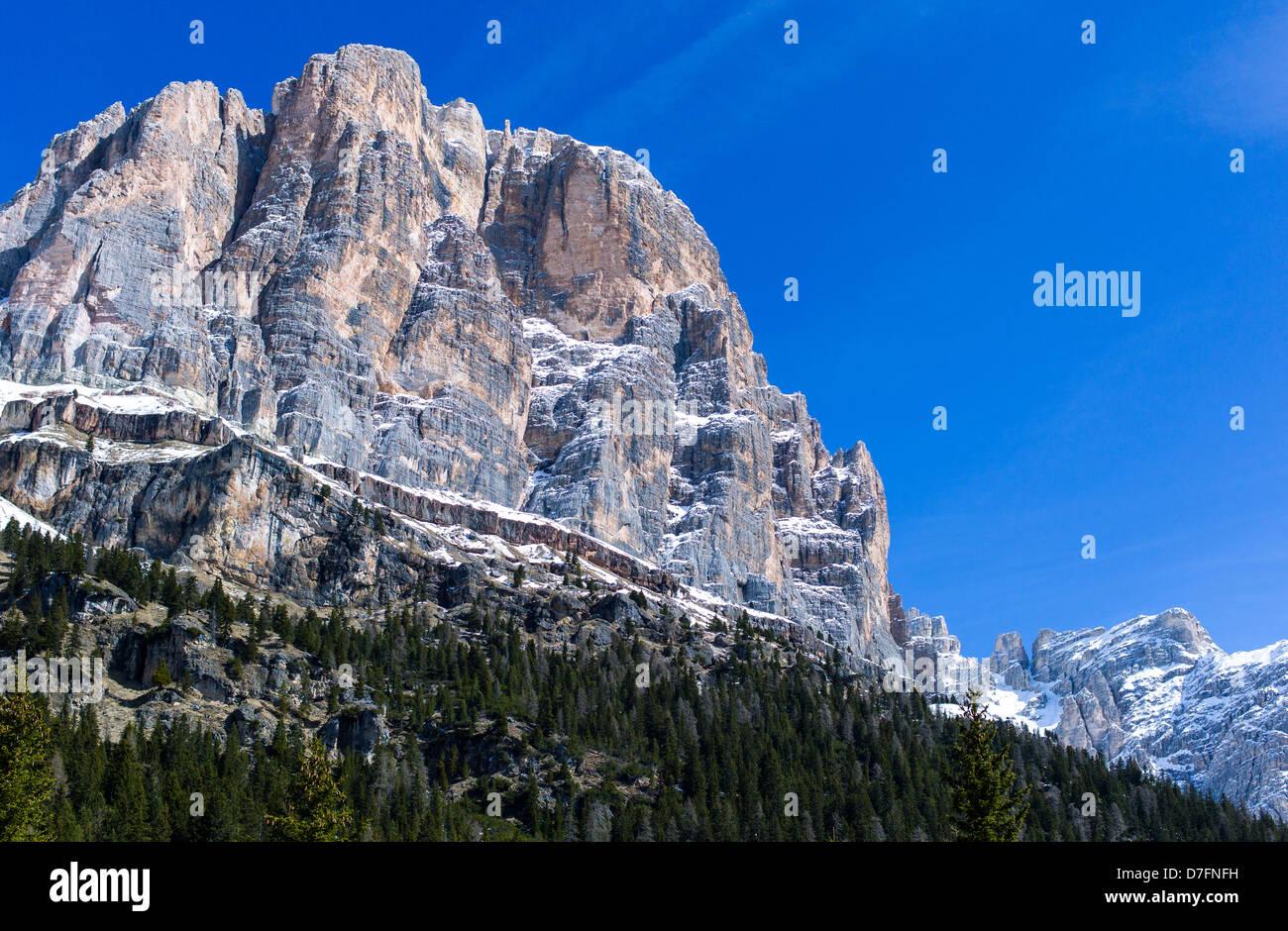 Italy Dolomites Veneto Cortina D'Ampezzo the Tofane De Rozes mountain - Stock Image
