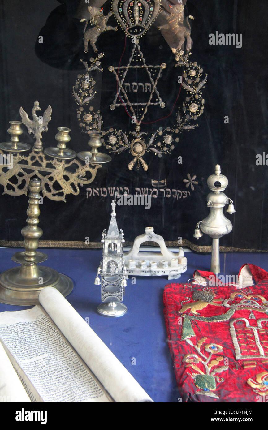 Jewish Ritual objects at Nożyk Synagogue in Twarda street Warsaw Poland - Stock Image