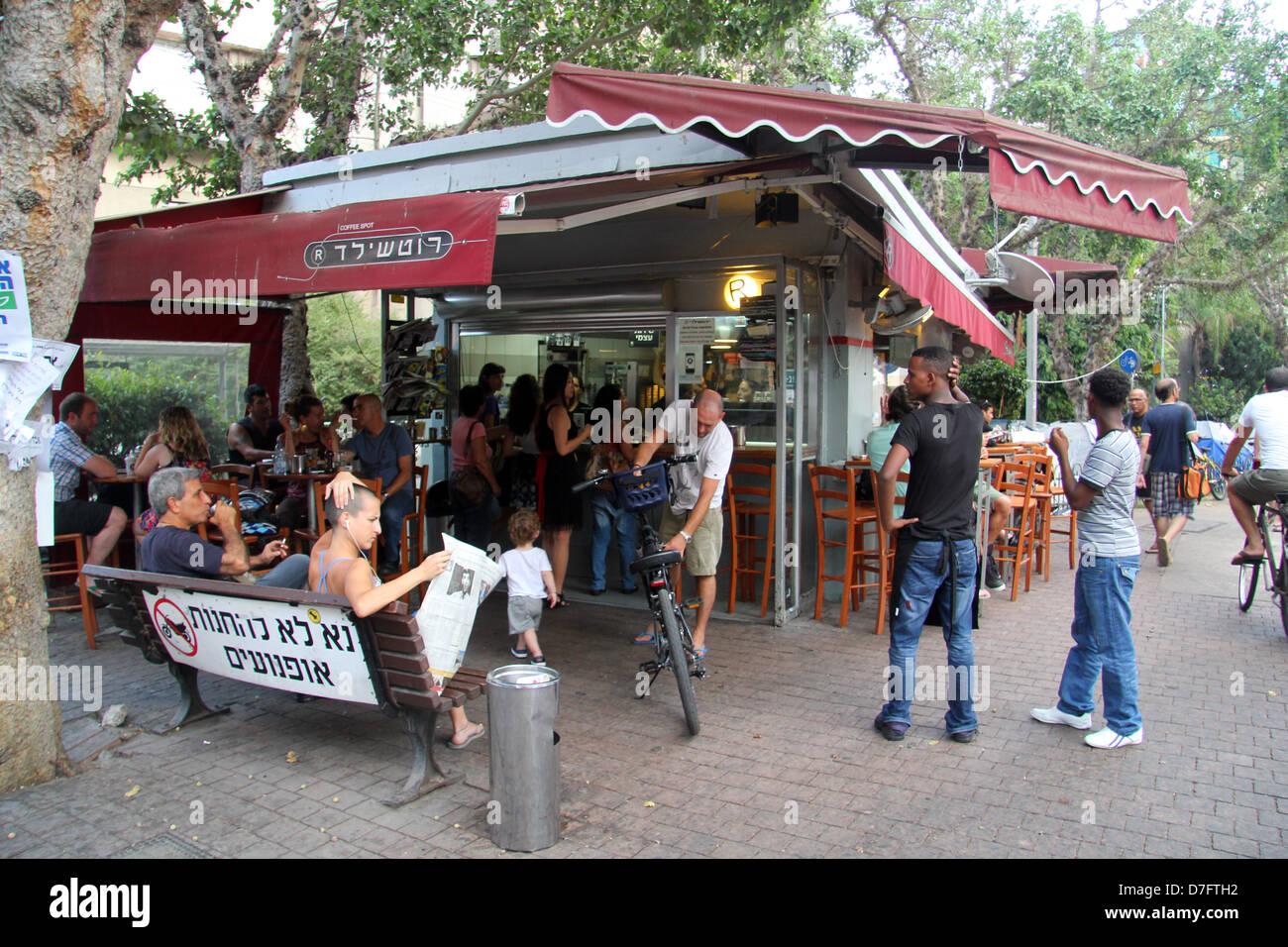 Kiosk on Rothschild Blvd., Tel Aviv, Israel - Stock Image