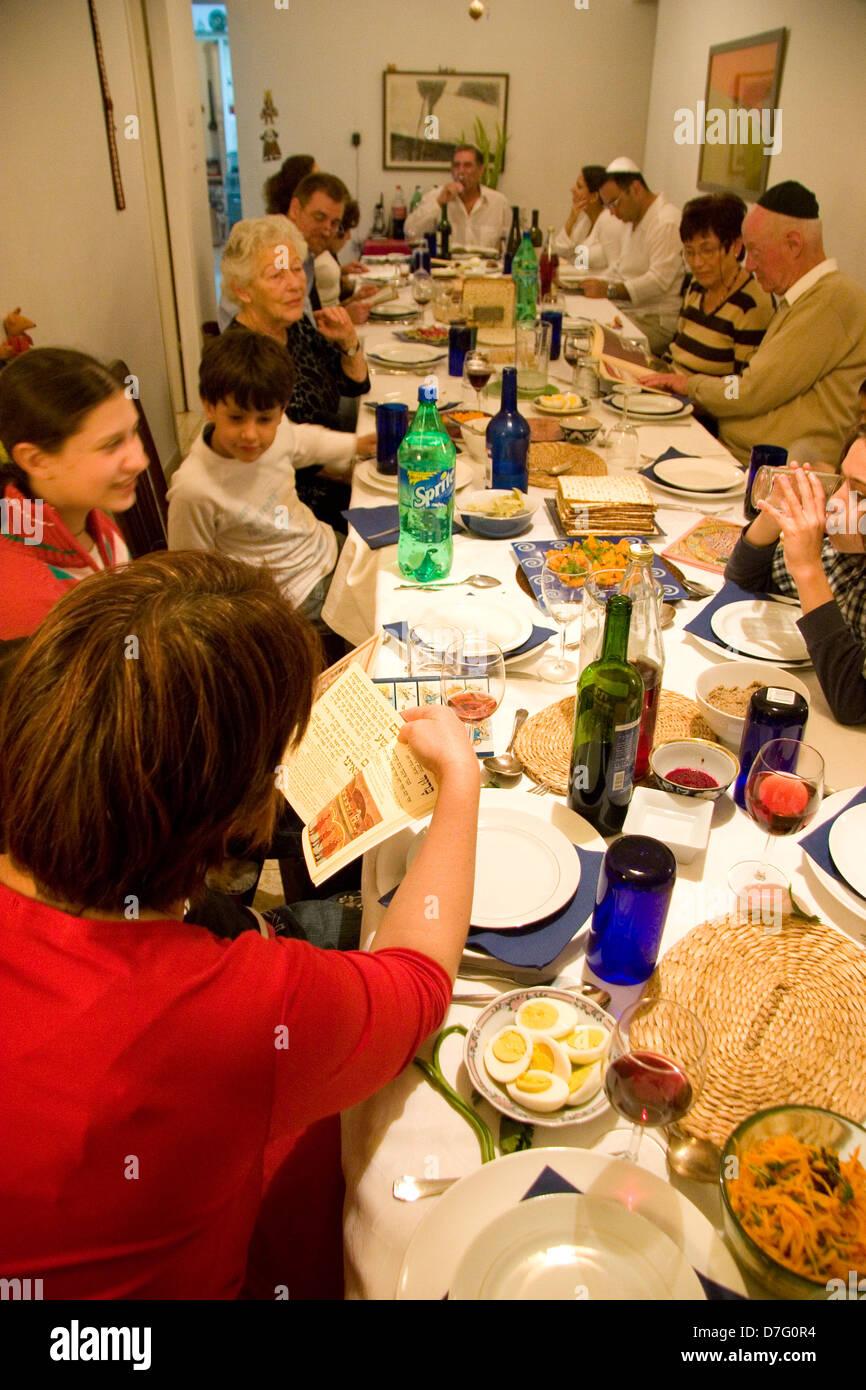 celebrating the Seder (Passover night service) - Stock Image