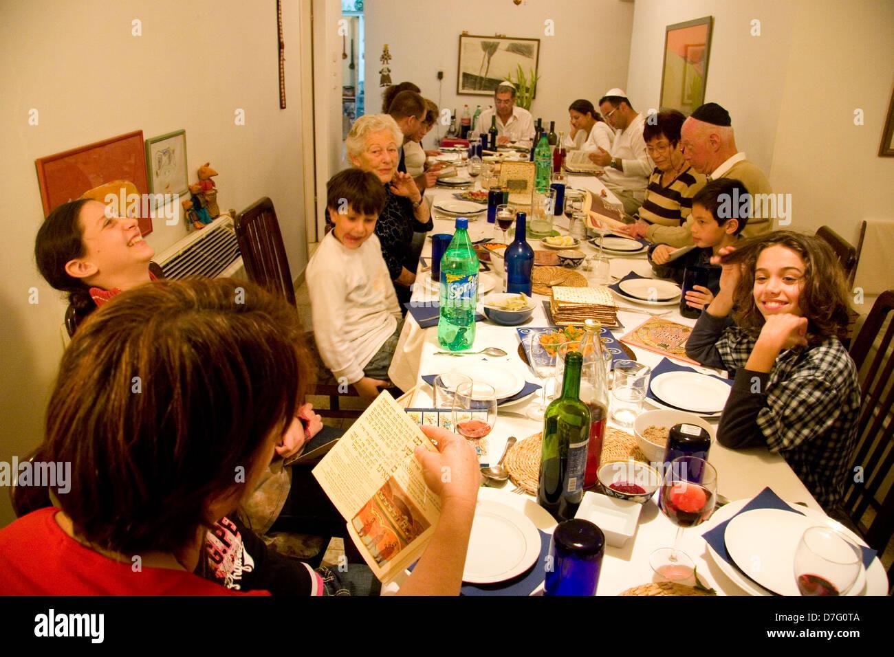 family celebrating the Seder (Passover night service) - Stock Image