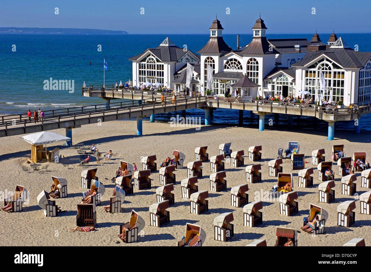 Deutschland, Mecklenburg-Vorpommern, Insel Ruegen, Sellin, Seebruecke, Ostsee - Stock Image