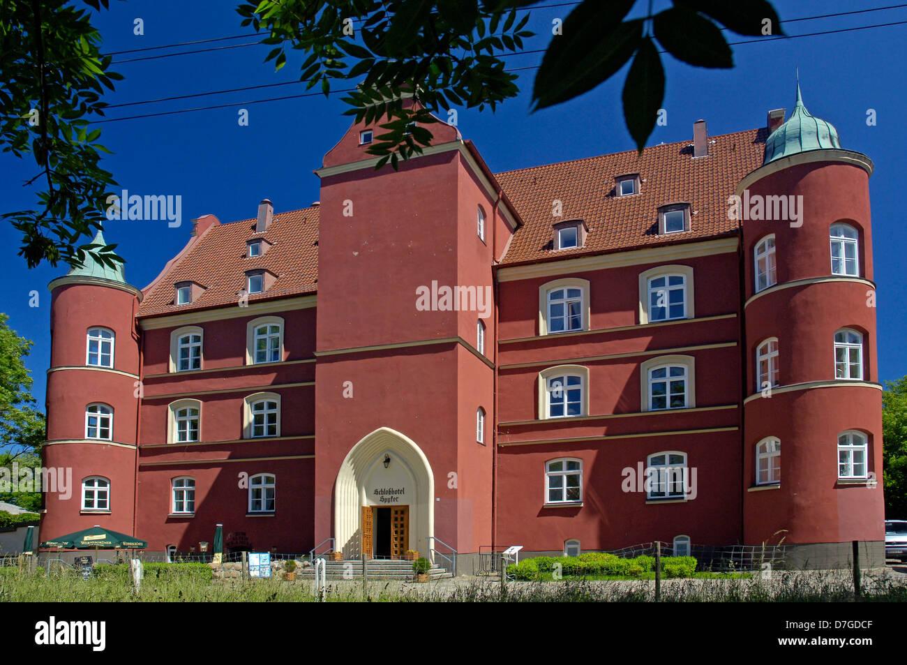 Germany, Mecklenburg-West Pomerania, island Rügen, Spyker, castle - Stock Image
