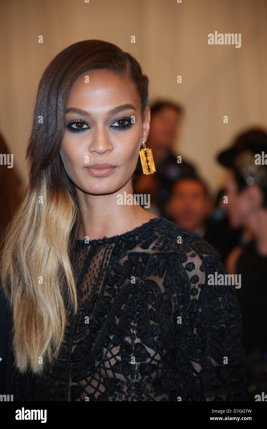 Model Joan Smalls arrives at the Costume Institute Gala for the 'Punk: Chaos to Couture' exhibition at the - Stock Image