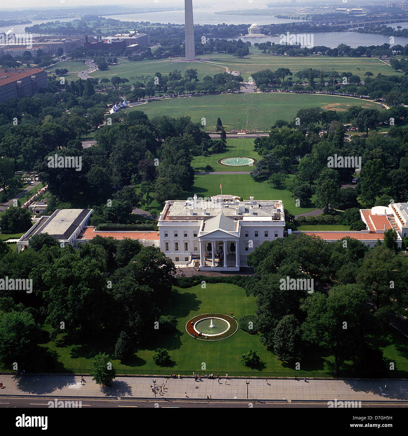 Aerial view of the north side of the white house with the for See images of my house