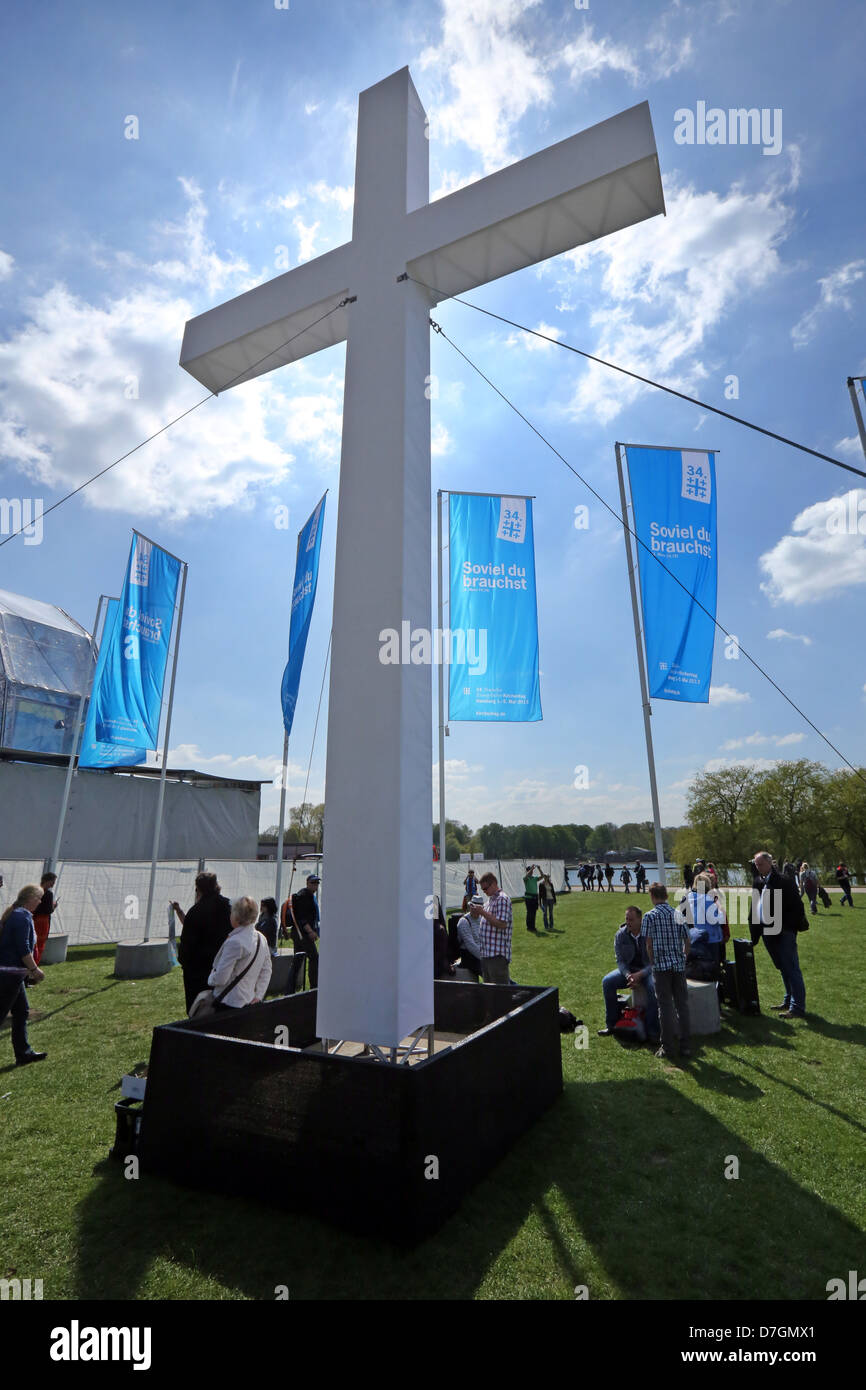 giant cross at the open air sunday service of the 34th Evangelical Church Congress in Hamburg, Germany - Stock Image