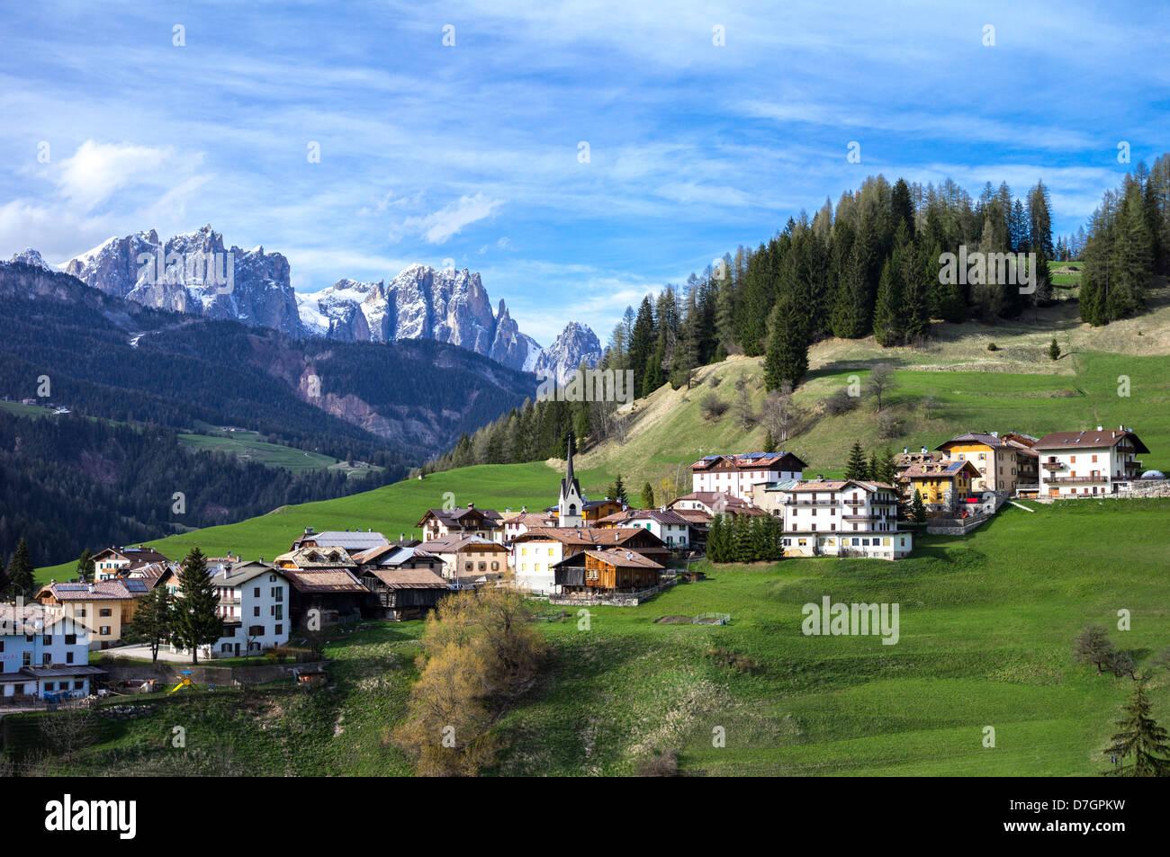 Italy dolomites trentino alto adige the moena village in for Mobilificio trentino alto adige