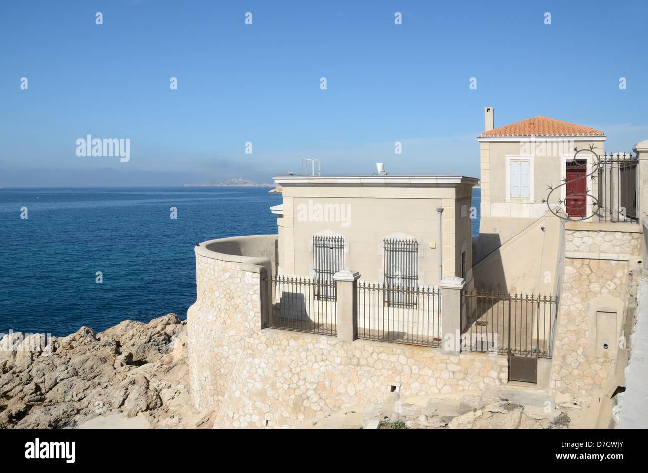 Marégraphe (1883) Mean Sea Level (MSL) Measurement Marseille France - Stock Image
