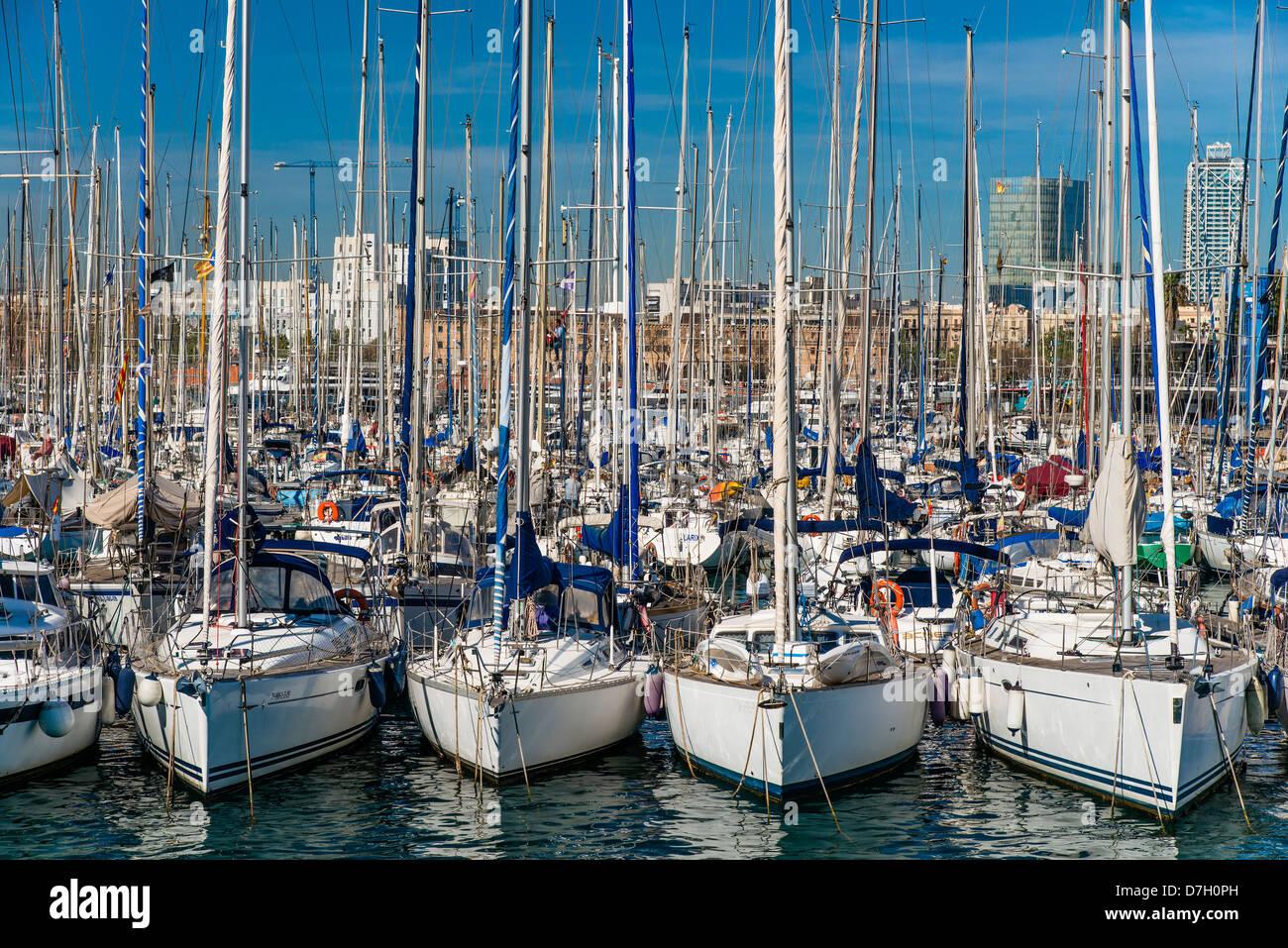 Boats at Port Vell, Barceloneta, Barcelona, Catalonia, Spain - Stock Image