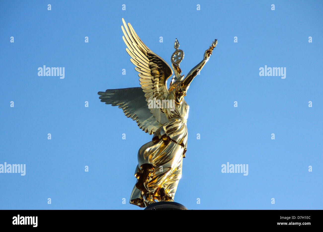 Golden angel of the Column of Victory 'Siegessäule' located in Tiergarten in Berlin, Germany - Stock Image