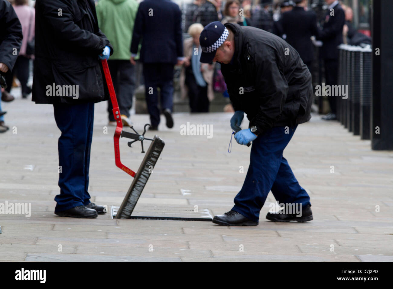 8th May 2013. Westminster London, UK.  Police officers carry security inspections ahead of the state opening  of Stock Photo