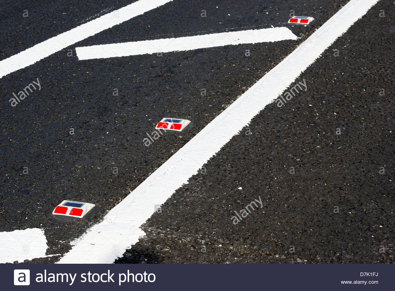 Cats Eyes Road >> Road Markings With Red Cats Eyes Stock Photo 56352006 Alamy