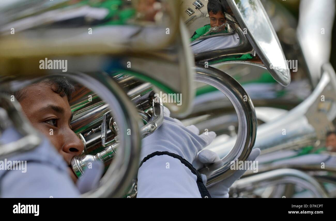 Members of the St. Joseph Secondary School Band from Malaysia play at the 5th Deutsches Musikfest - Stock Image