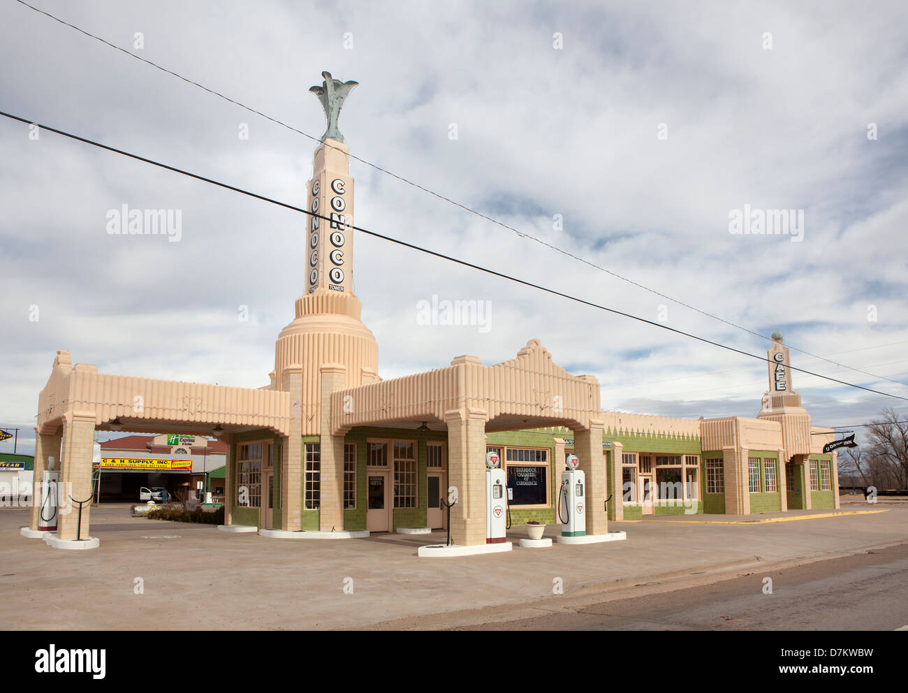 The recently restored U-Drop Inn/Tower Conoco Gas Station on Historic Route 66 in Shamrock, Texas, USA. Stock Photo