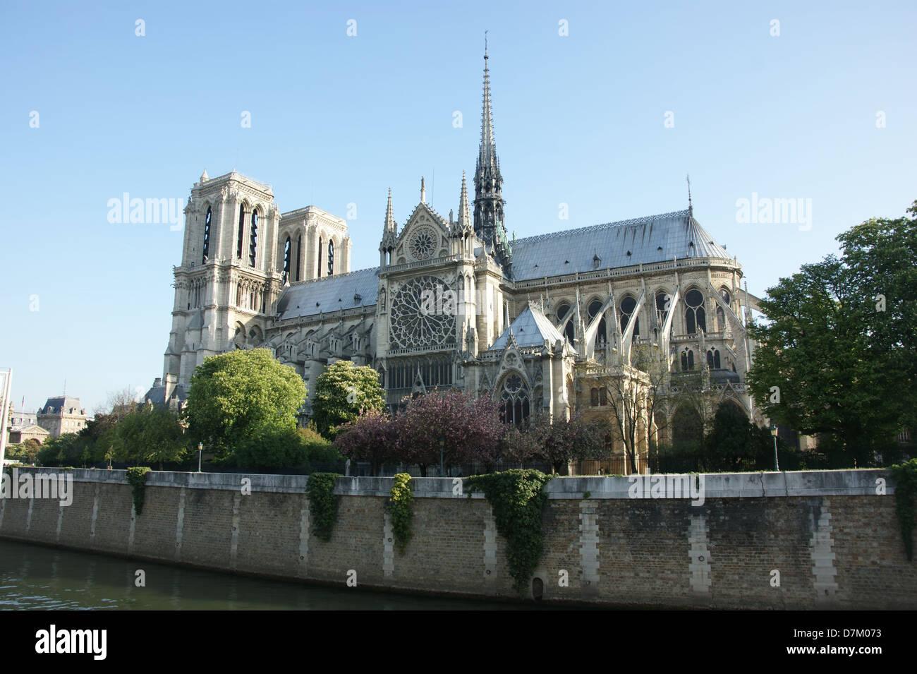 Cathédrale Notre Dame de Paris from La Seine river - Stock Image