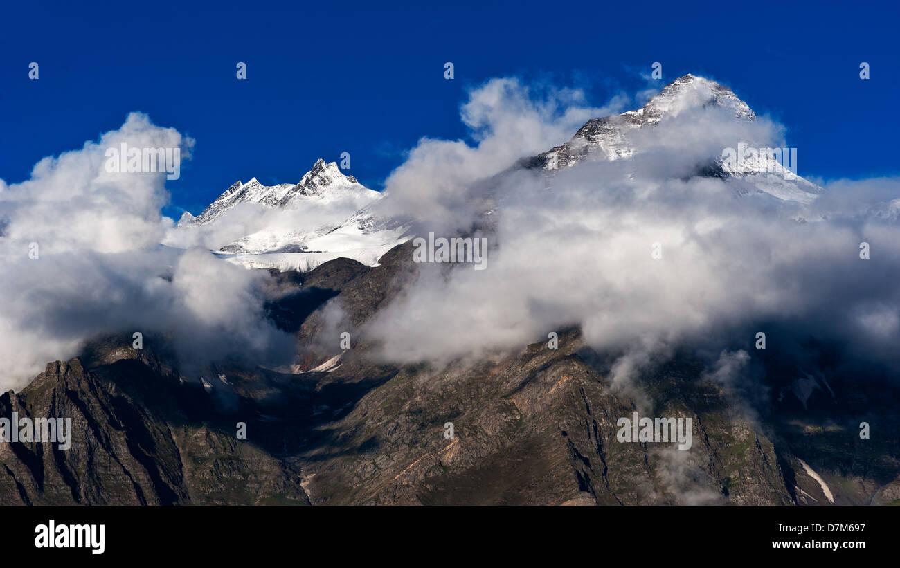 Himalaya high mountain landscape panorama with snow cup at dawn. India, Himachal Pradesh, Keylong village - Stock Image