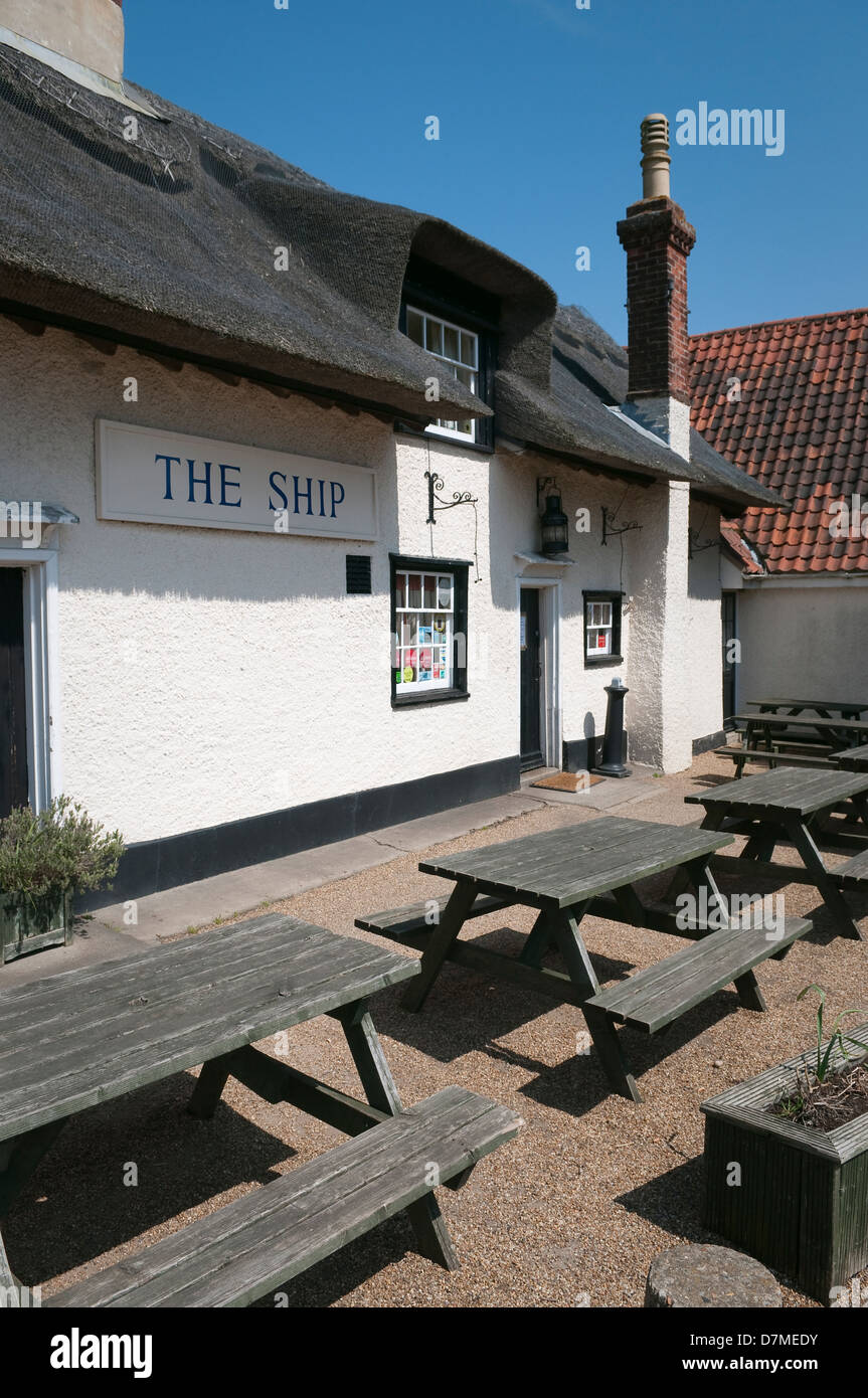 The Ship - local pub in Levington, Suffolk, UK Stock Photo: 56384103 ...