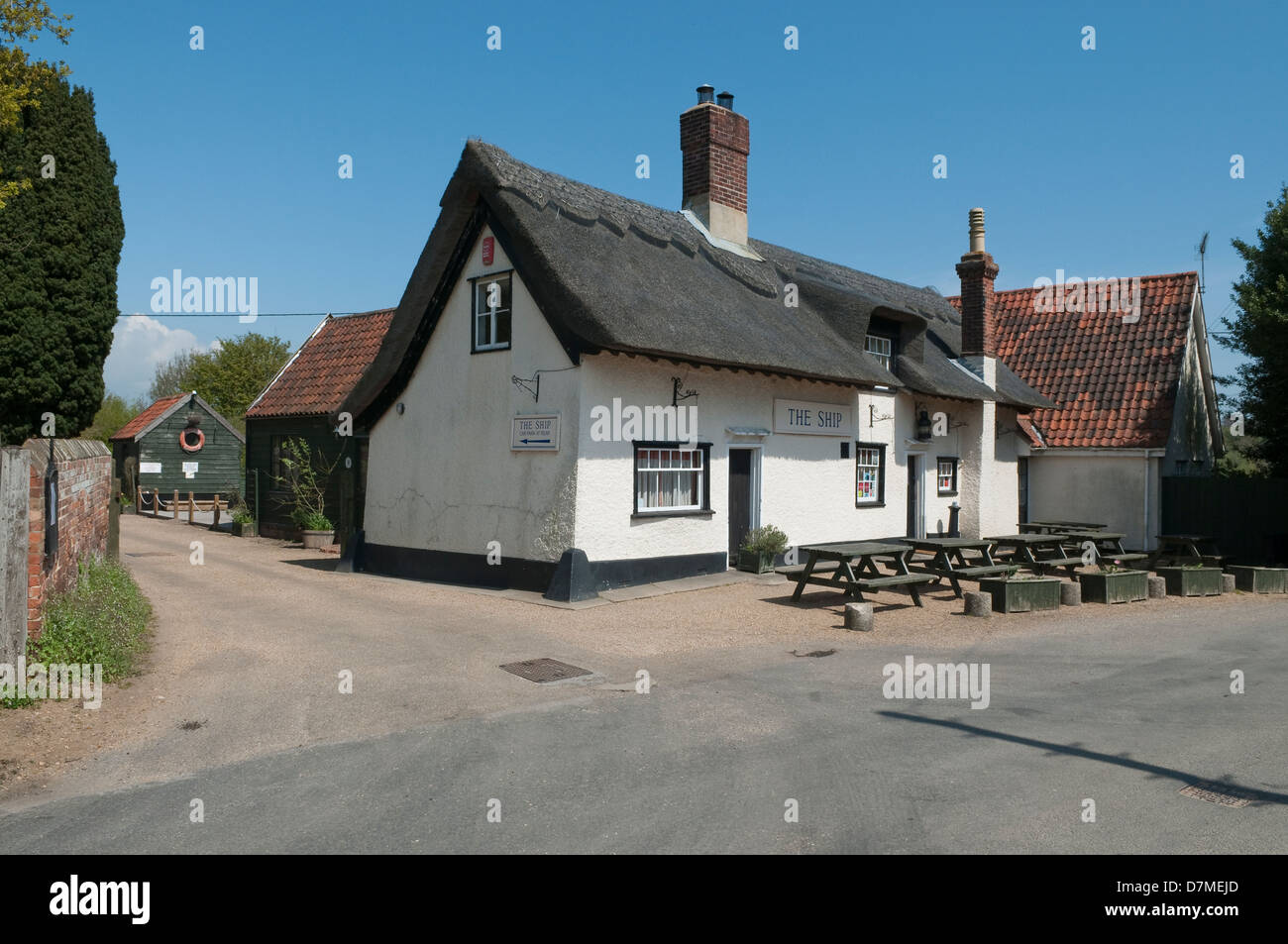 The Ship - local pub in Levington, Suffolk, UK Stock Photo: 56384229 ...