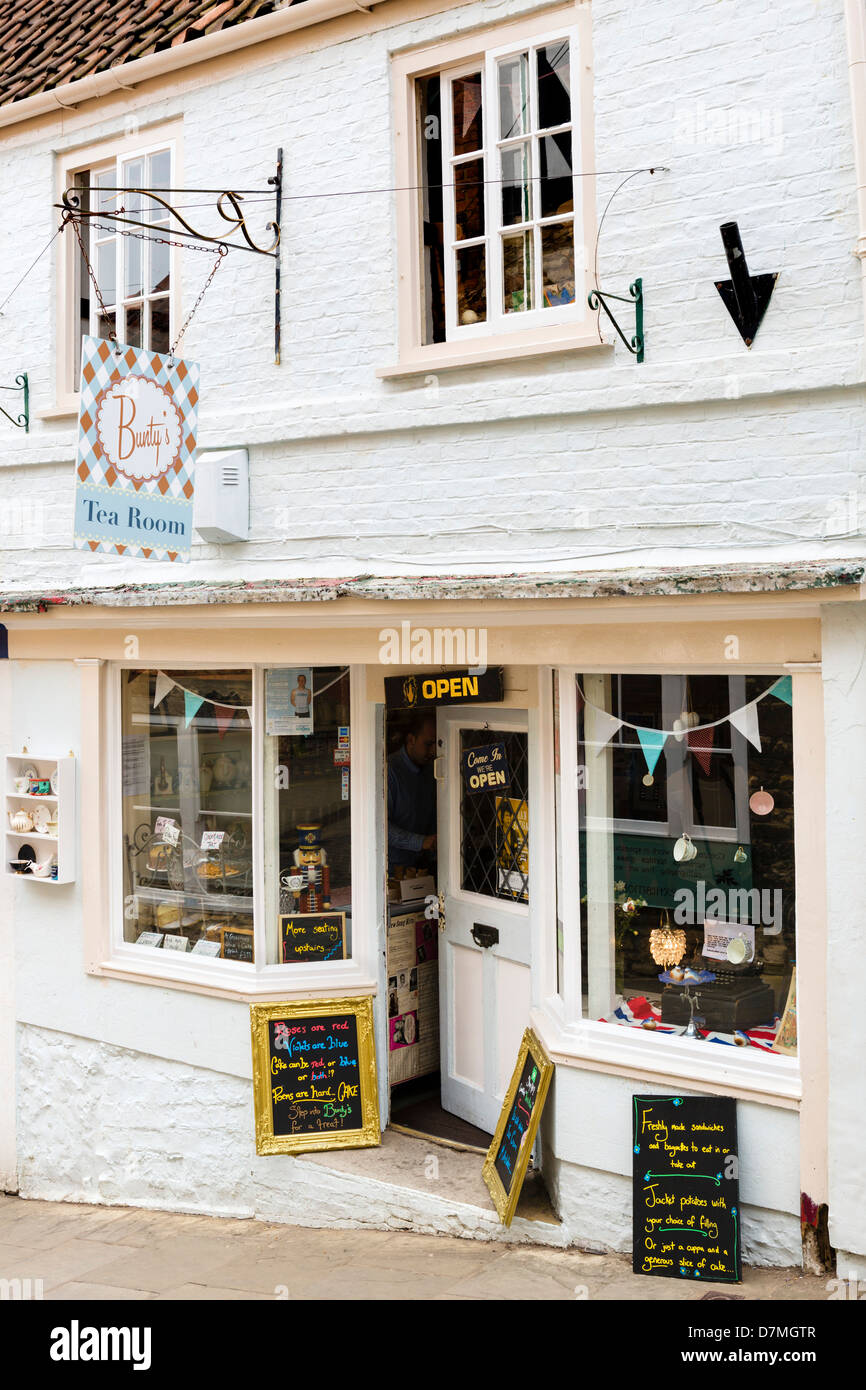 Bunty's Tea Room on Steep Hill in the historic old town, Lincoln, Lincolnshire, East Midlands, UK - Stock Image