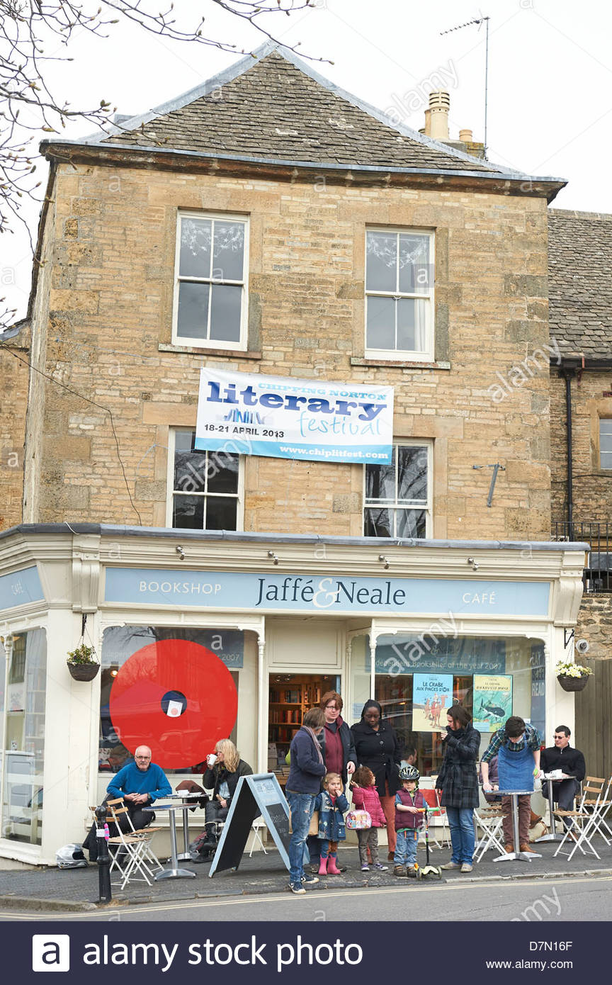 Jaffe and Neale Bookshop and cafe at the Chipping Norton Literary Festival 2013. CREDIT Geraint Lewis - Stock Image