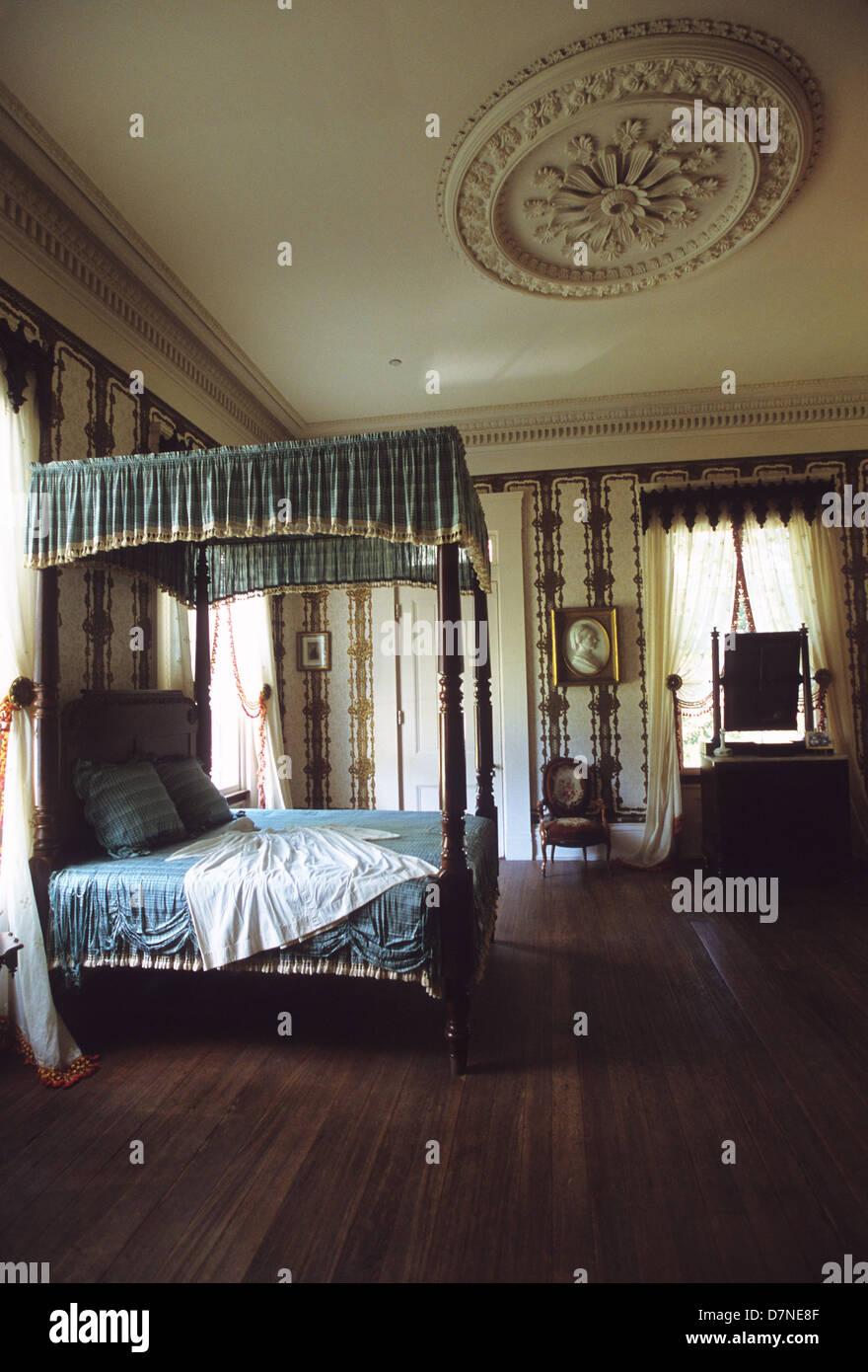 Elk283-3008v Louisiana, St Francisville, Rosedown Plantation State Historic Site, Mansion, 1836, bedroom - Stock Image