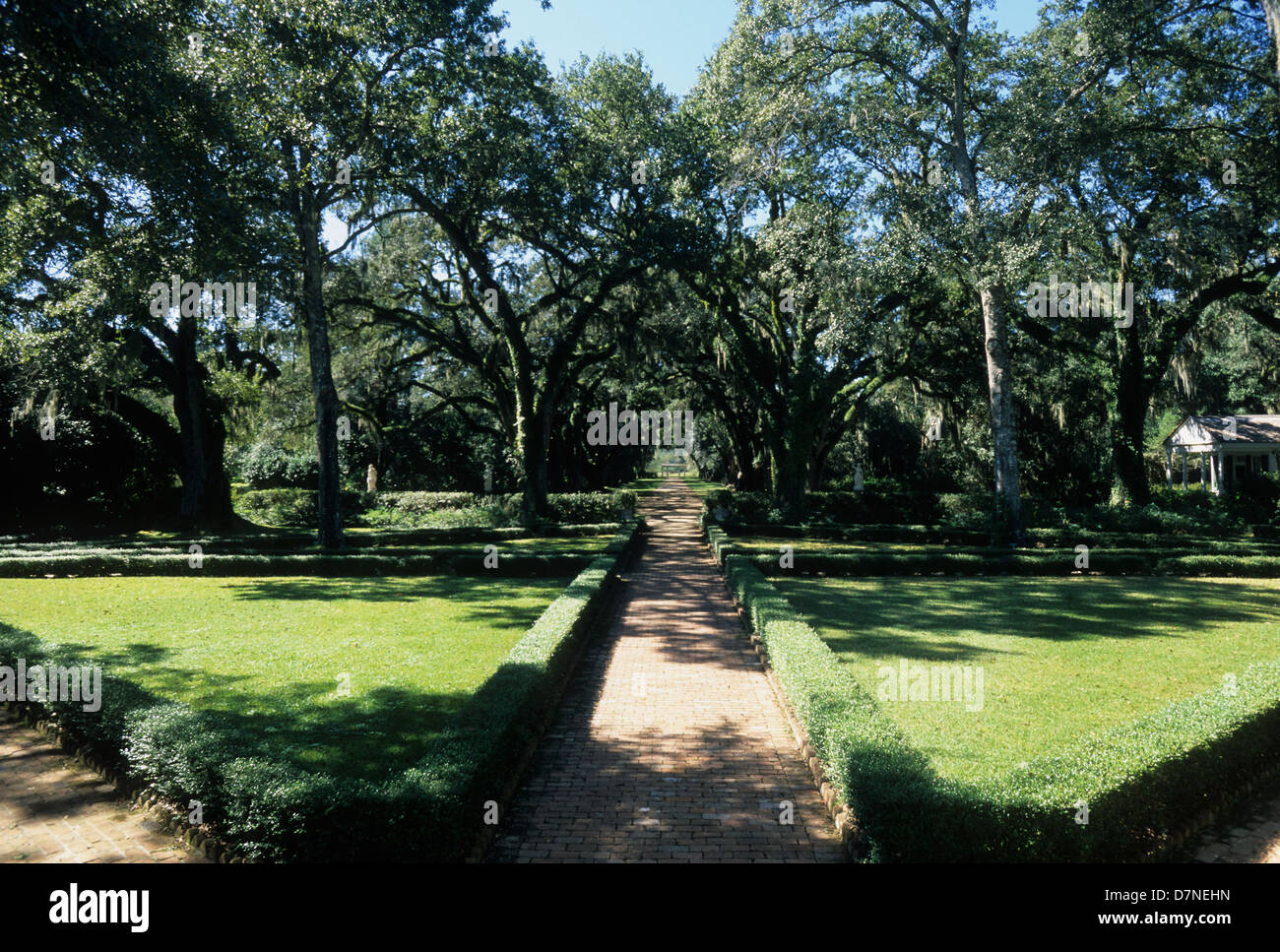 Elk283-3032 Louisiana, St Francisville, Rosedown Plantation State Historic Site, Mansion, 1836, garden - Stock Image