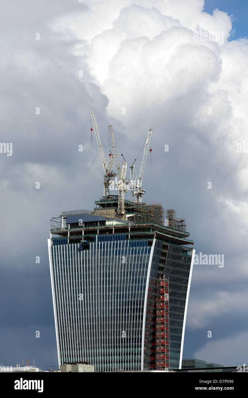 """The 20 Fenchurch Street building aka """" Walkie Talkie"""" under construction in April 2013. London Stock Photo"""
