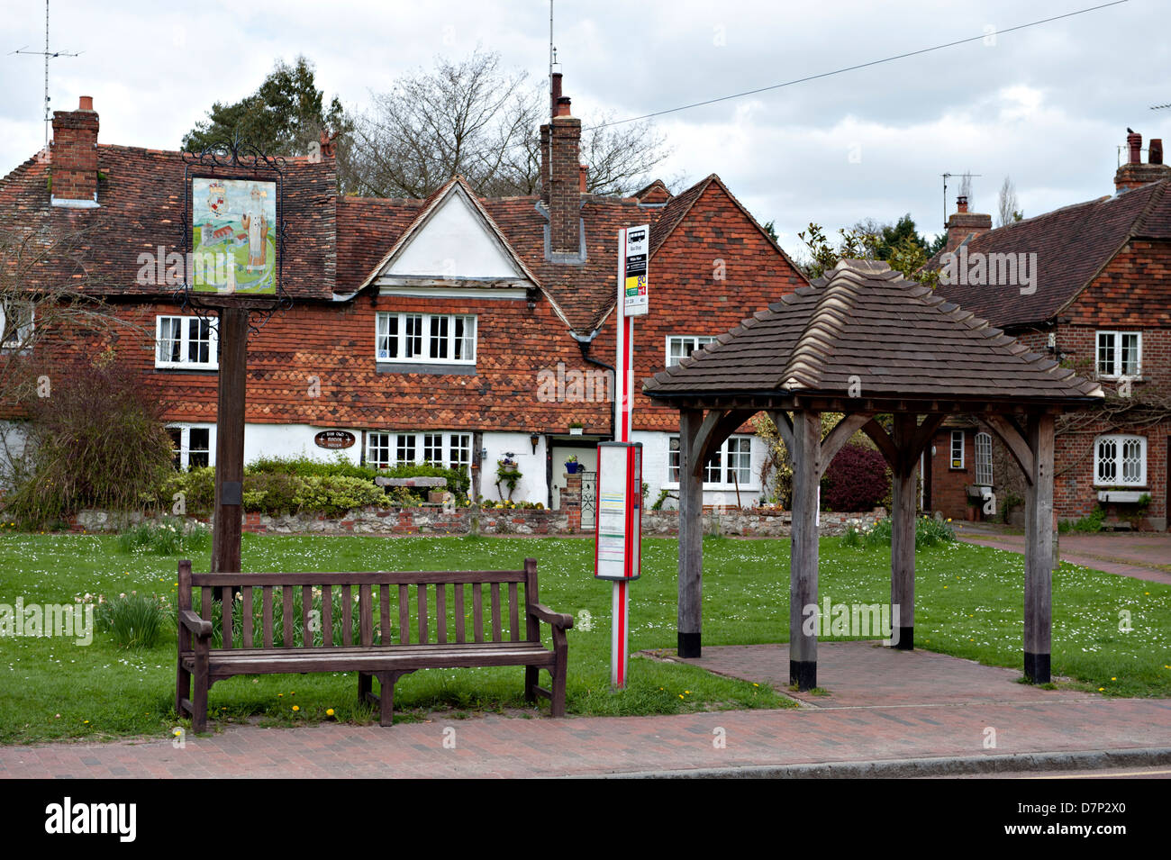 Brasted village bus stop UK - Stock Image