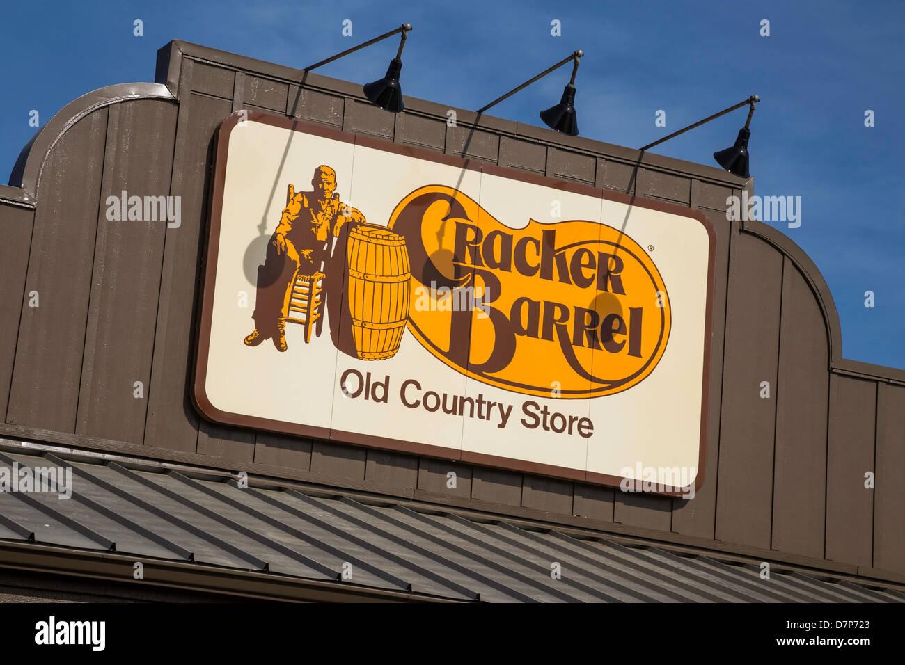 Cracker Barrel Old Country Store Casual Restaurant North Carolina