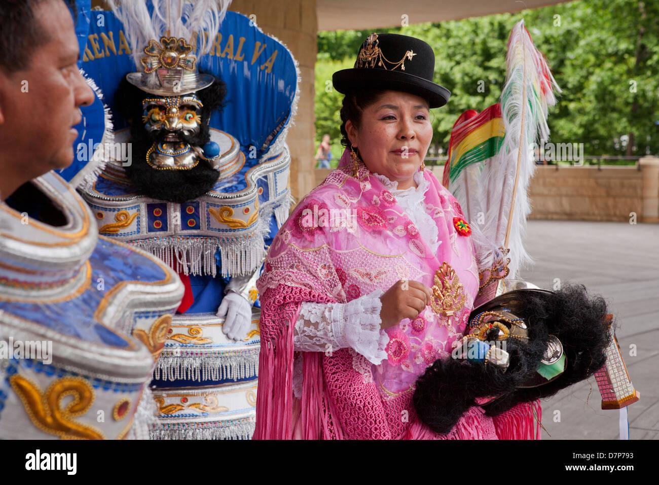 Traditional Bolivian dancer - Stock Image