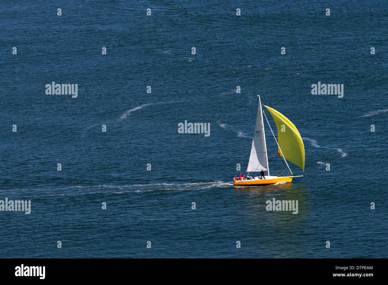Yacht sailing in San Francisco Bay, California, USA. - Stock Image