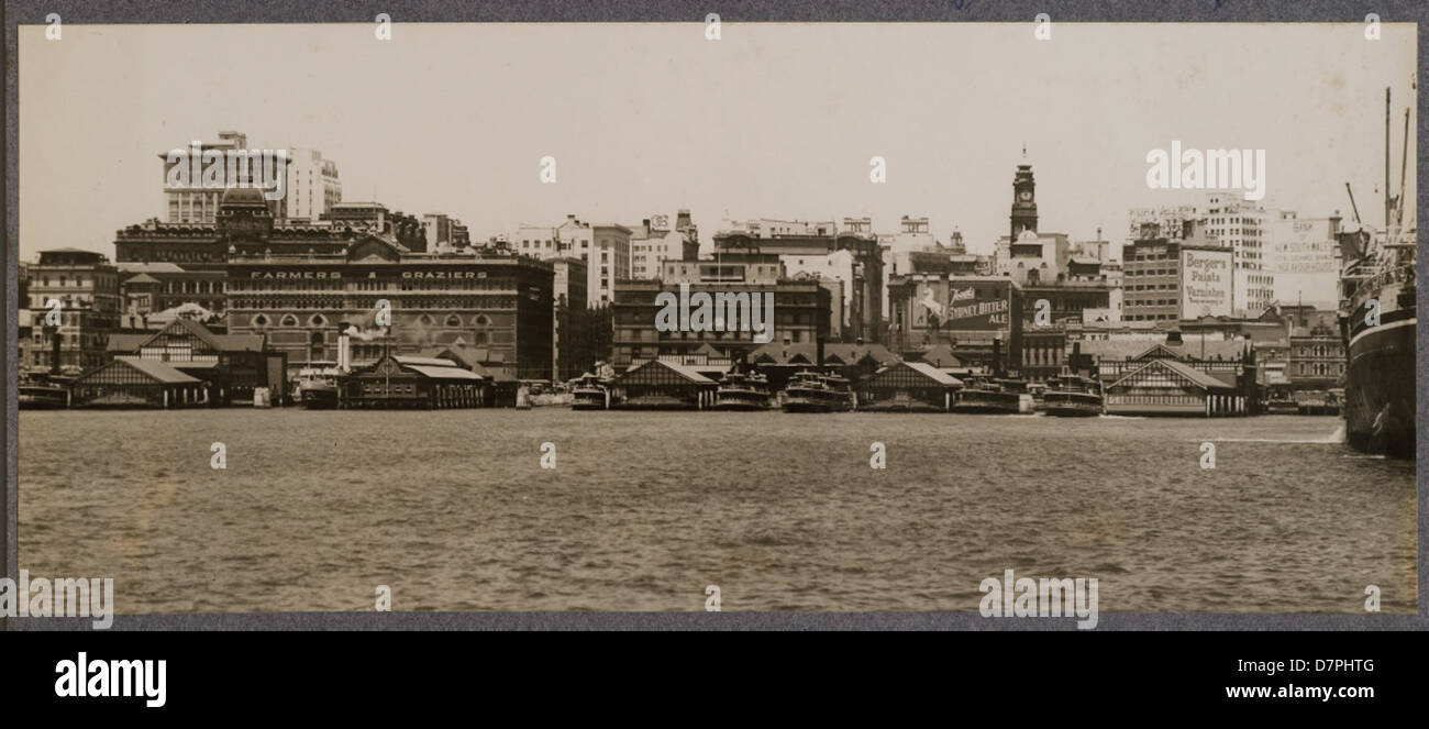 Circular Quay with Sydney skyline, 1920 - 1929 - Stock Image