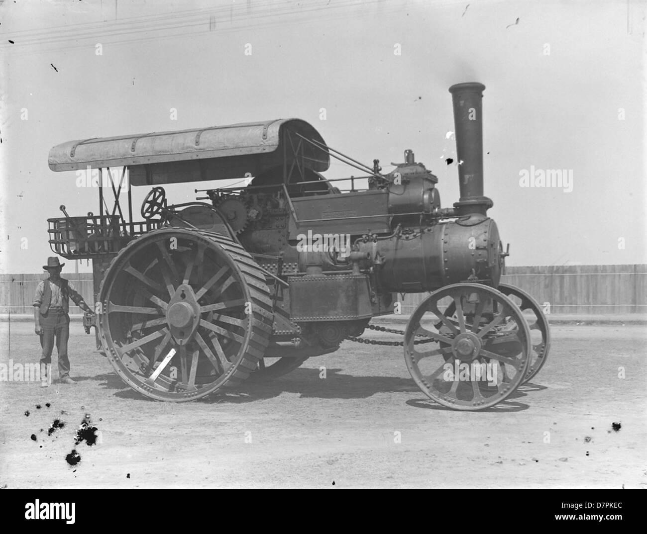 Fowler team locomotive 12257 - Stock Image