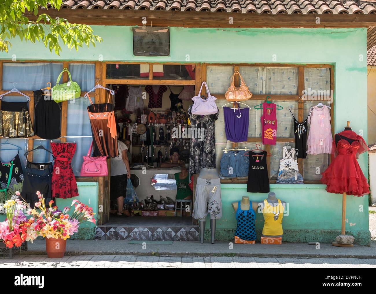 Shopping online, Albania. 11K likes. Produket porositen online edhe porosia vonohet dite. Ofrojme edhe veshje te perdorura te cilat jane gjendje.